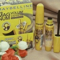 Mascara Maybelline Magnum