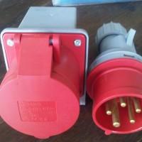Plug & Socket 5 PIN 32A MASKO Stop Kontak INDUSTRIAL Mounting Surface