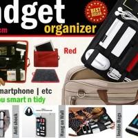 Harga tas dompet gadget kosmetik travel bag hp charger ipad tablet | antitipu.com
