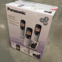 Panasonic Digital Cordless Phone With 3 Handsets