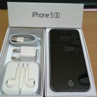 APPLE IPHONE 5S 64GB BLACK NEW ORIGINAL GARANSI RESMI 1 TAHUN