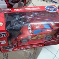 Mobil RC MCQUEEN 2WD skala 1:24