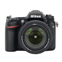 Nikon D7100 Kit 18-140mm VR - 24.1MP - 7x Optical Zoom - Hitam