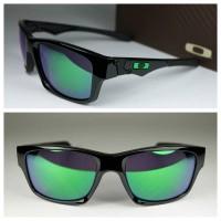 Kacamata pria Oakley Jupiter Squared Black Green jade