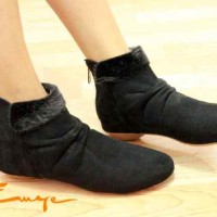 harga Sepatu Boot Korea Boots Wanita Hitam Black Kulit Onyx Bulu Shoes Murah Tokopedia.com