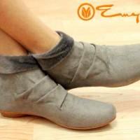 harga Sepatu Boot Korea Boots Wanita Grey Abu-abu Kulit Onyx Bulu Shoes Abu Tokopedia.com