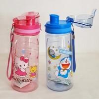 Botol Minum Karakter Hello Kitty dan Doraemon