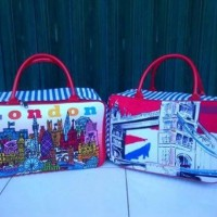 Travel Bag Kanvas Karakter London ( Free Ongkir )