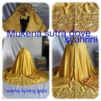 Mukena sutra dove syahrini bordiran keliling kuning gold 009