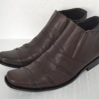 Sepatu BOOT Formal Kerja Kantor Pria Kulit Asli Levis Resleting Coklat