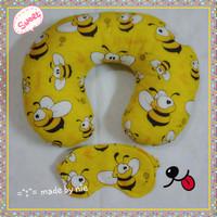 harga Bantal Leher / Travel Neck Pillow Kain Katun Handmade (Bee Allover) Tokopedia.com