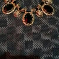 Necklace: black n gold stone 3 bandul
