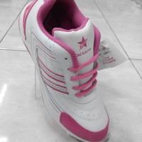 Sepatu Kets Trekkers Fushia 29f0957e2d