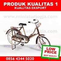 harga Miniatur Sepeda Onthel Wanita / Sepeda Dames Tokopedia.com