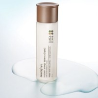 Innisfree Soybean Energy Essence (Light)