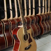 Gitar taylor maple custom Phase Out