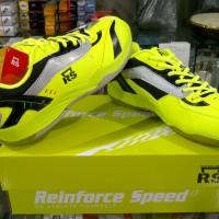 Sepatu Bulutangkis / Badminton RS Super Serie 612