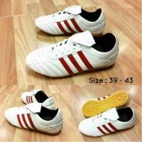 Sepatu Futsal Adidas Adinova Murah - Harga Remuk