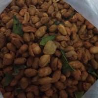 Kacang Thailand Pedas per 100g : Rasa Pedas, Manis, Gurih