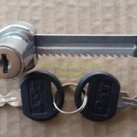 Kunci Pintu ETALASE KACA Geser / Showcase Gergaji Lemari Kaca Jepit