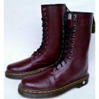 Sepatu Dr Martiens/Dokmar 12 Lubang