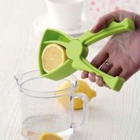 Alat Perasan Lemon Manual dengan Penjepit