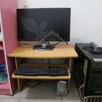 Meja Komputer Lesehan