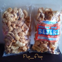 harga Kerupuk Rambak / Kulit Babi REJEKI 200 gram (Non-Halal) Asli Tokopedia.com
