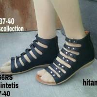 harga Sandal Flat Iris Gladiator Black Tokopedia.com