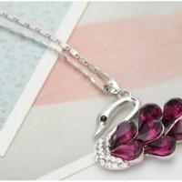 Kalung fashion crystal swarovski Neoglory swan purple