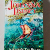 Novel Johanna Lindsey - Keeper of The Heart (Pasan