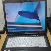 LAPTOP FUJITSU CV8240 CORE 2 DUO 1GB RAM HDD 80GB LAYAR 15 STIKER WIND
