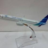 Garuda Indonesia Pesawat Terbang Full Diecast model 2( PT089 )