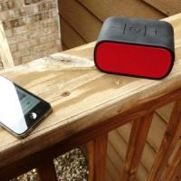 Logitech UE Mobile Boombox Merah Portable Wireless Bluetooth Speaker