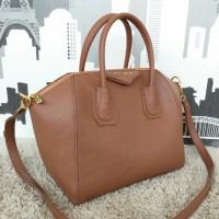 Givenchy Antigona mini Brown