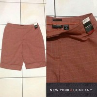 NEW YORK & COMPANY Plaid Short (Orange Bata)