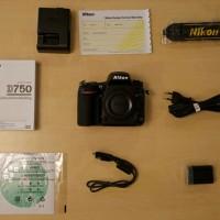Nikon D750 Kit AF-S NIKKOR 24-120mm F / 4G ED VR
