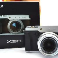 FUJIFILM X30 (Garansi Resmi : Fujifilm Indonesia)
