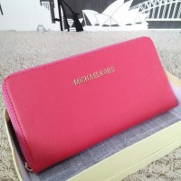 Dompet Michael Kors MK Wallet Zipper neo Pink