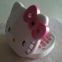 Handphone Hello Kitty Qwerty K668 dual sim dual camera