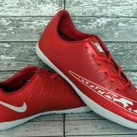Sepatu futsal,bola,Nike Elastico FInale Merah Maroon