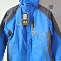 Jaket Gunung Tebal Columbia dan Jack Wolfskin Biru Murah Meriah