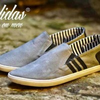 harga Sepatu Slop Adidas Santai Casual 2 Warna Tokopedia.com