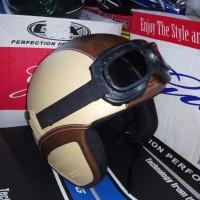 Helm Retro Kacamata Kalep warna Cream-Brown