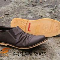 harga Sepatu D-island / Casual Keren / Slop Pria Dark Brown Tokopedia.com