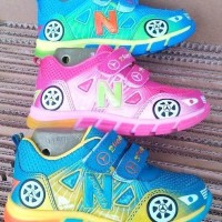 harga Sepatu Lampu Nyala Anak Children Light Shoes Cars Style 26-30 Import Tokopedia.com