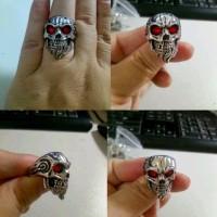 cincin biker ring skull tengkorak red eyes