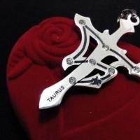 kalung zodiak taurus/kalung single titanium cowok cewek