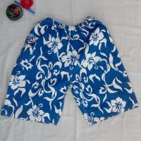Celana Pendek Bali Print