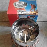 Satu set alat masak camping